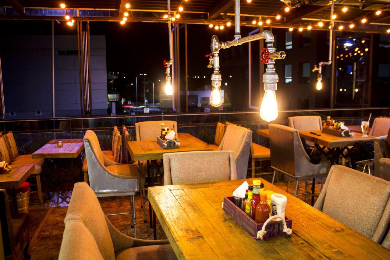 Bolibar-12-Boliche-Bar-Zona_Esmeralda-Mexico-Casa_Lombard-Lombard-Imagen-Branding-Diseño-Fotografia-Videografia-Video-Gingle-Cancion-Agencia-2020-min
