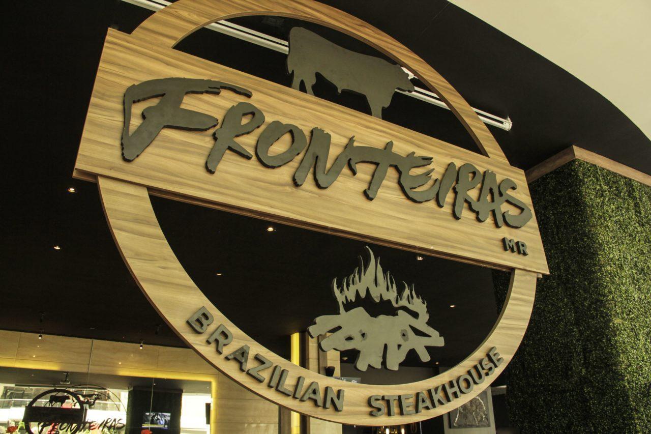 1-Fronteiras-Restaurante-Comida-Bar-Mexico-Cortes-Carne-Tragos-Cockteles-Diversion-Cocina-Casa_Lombard-Agencia-Diseño_Grafico-Agency-Granding-2020