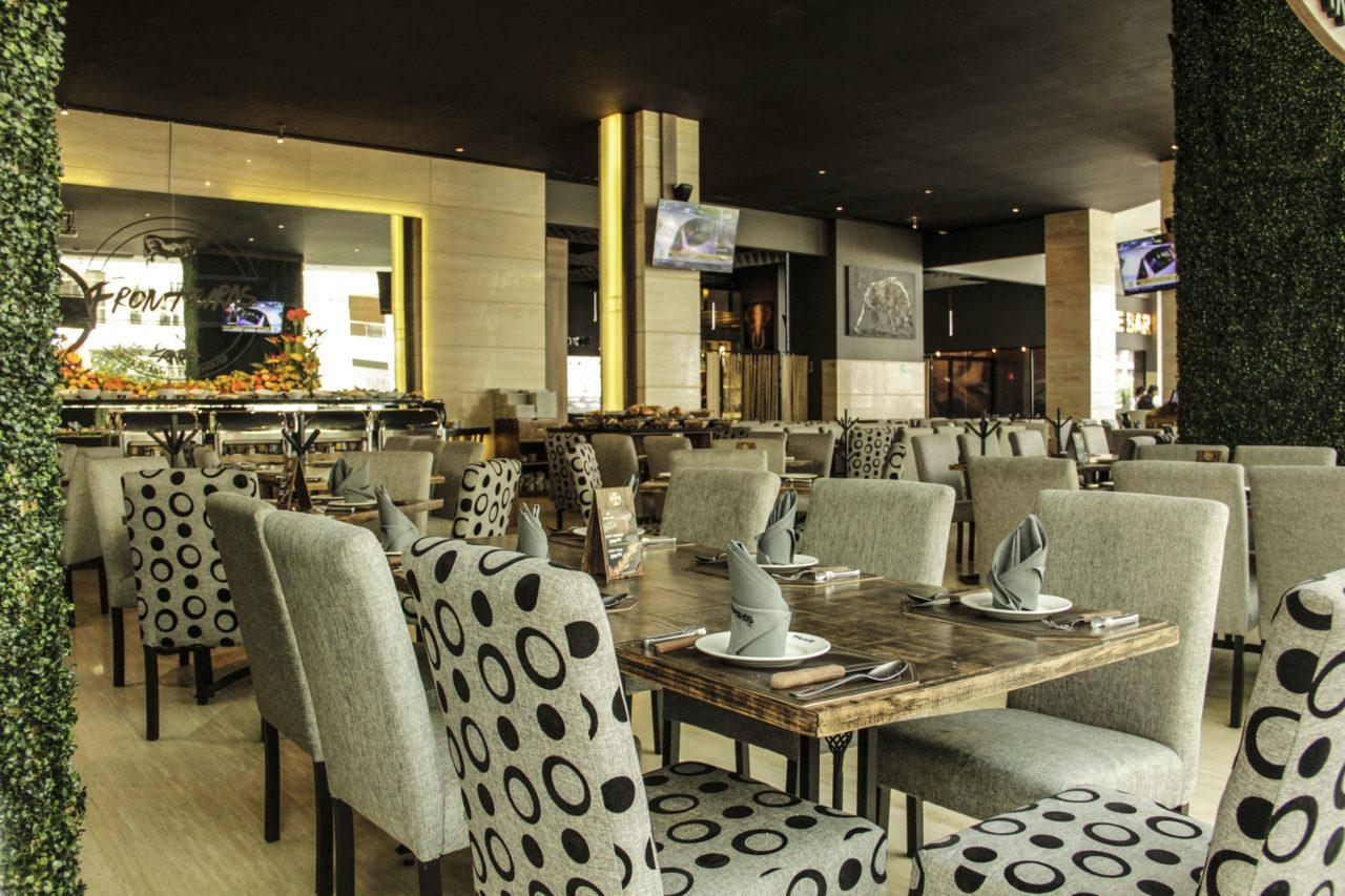 5-Fronteiras-Restaurante-Comida-Bar-Mexico-Cortes-Carne-Tragos-Cockteles-Diversion-Cocina-Casa_Lombard-Agencia-Diseño_Grafico-Agency-Granding-2020