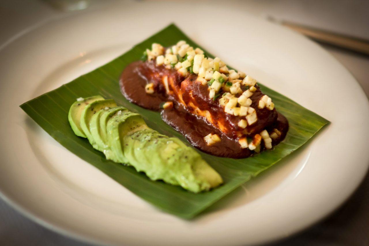 6-La_Buena_Fe-Restaurante-Comida-Gastronomia-Mixologia-Bar-Mexico-Agencia-Agency-Branding-Fotografia-2020-Tragos-Cocktails-Diseño